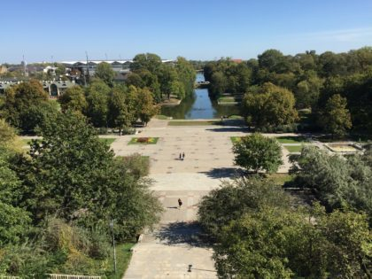 Center for Contemporary Art – Ujazdowski Castle in Warsaw with children, attractions for kids, view to agrykola agricola park