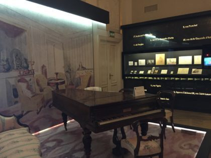 Chopin Museum in Warsaw with kids, attractions for children, historic piano