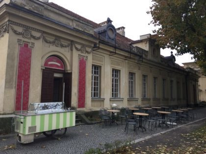 Wilanow Palace and Park in Warsaw - cafe