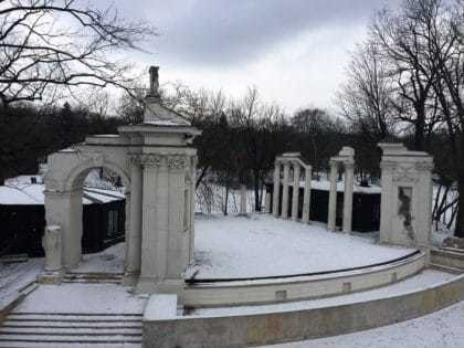 The Royal Lazienki Museum and Park in Warsaw - attractions for kids - amphitheatre in winter time