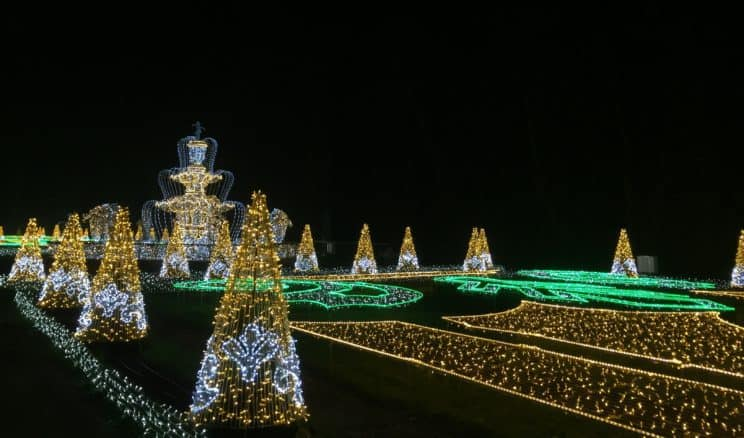 """The Royal Garden of Light"" – illuminations festival in Warsaw"