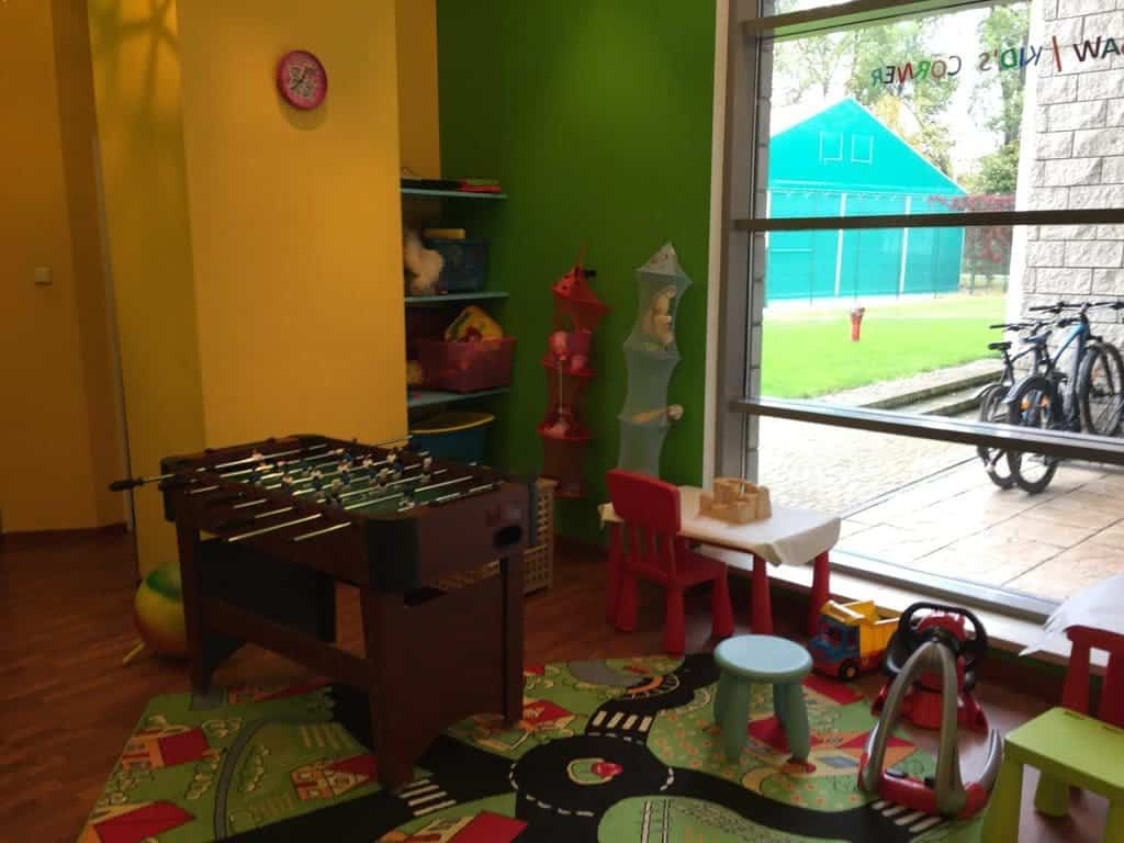 Holiday Inn Hotel in Jozefow Józefów with kids, attractions for children, play room, playroom