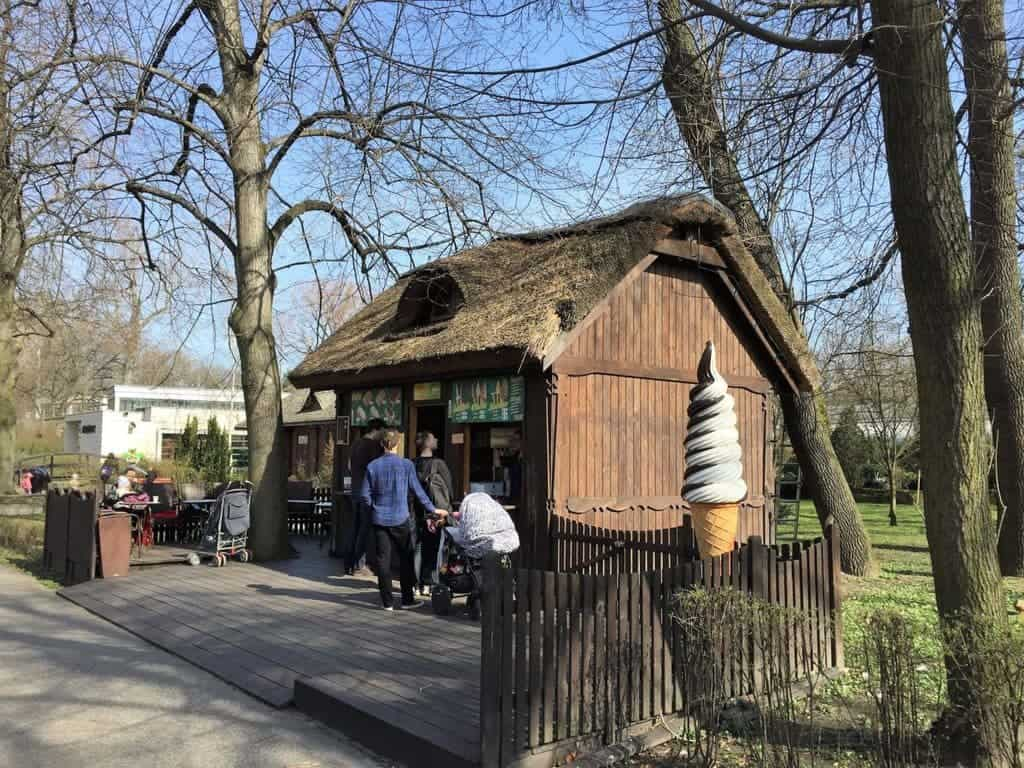 Warsaw zoo, zoo in Warsaw