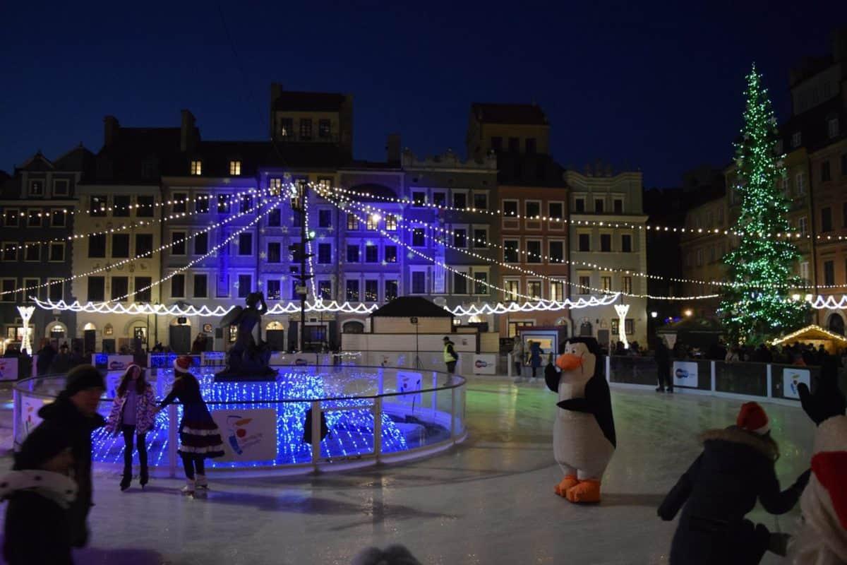 ice skating rink warsaw olad town