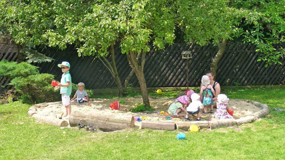 Maple Tree Montessori Preschool Warsaw Poland