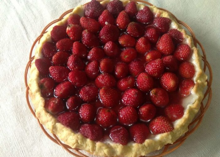 strawberry-pie-1015040_1920