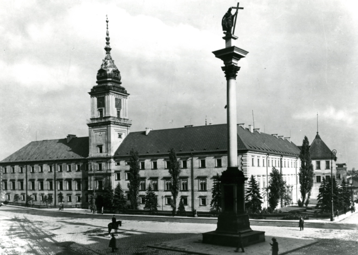 Royal CaSTLE 1933