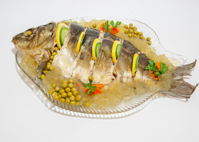 Carp in aspic as a dish – decked
